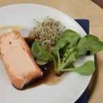 1. Gang: Terrine vom Wildlachs mit Räucherforelle